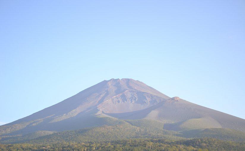 日本最高峰富士山剣ヶ峰 三七七六米